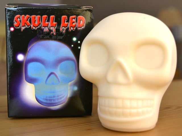 skull-led-light